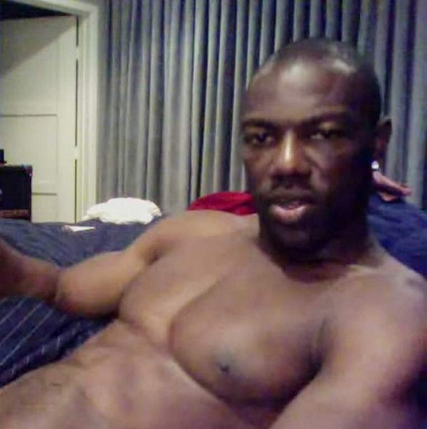 Terrell Owens Has a Handful in Nude Photos Masturbating on Skype