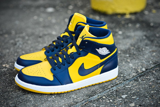 DSC-6915-Air-Jordan-1-Mid-Michigan-