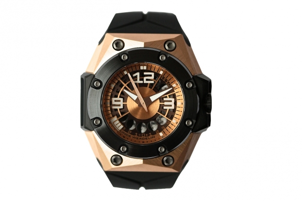 linde-werdelin-oktopus-ii-moon-rose-gold-0-620x413