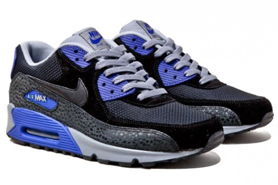 nike-air-max-90-essential-black-concord-cool-grey-2-570x380