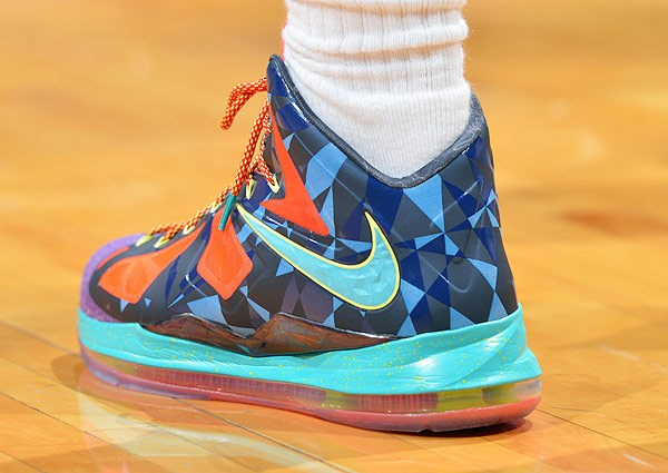 lebron-james-nba-playoffs-2013-mvp-sneaker