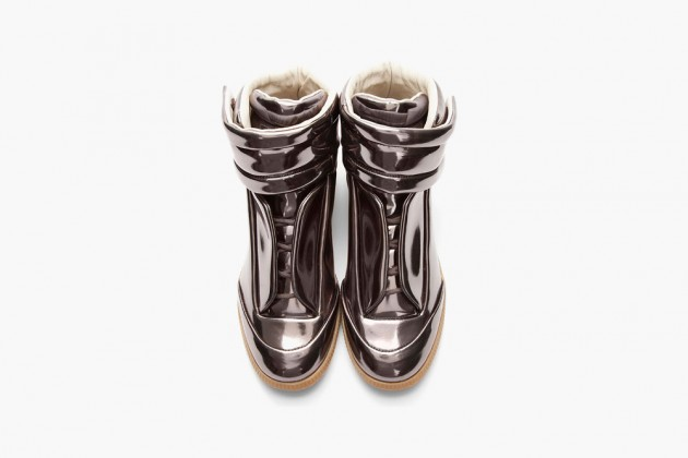 maison-martin-margiela-metallic-pewter-leather-padded-sneakers-03-630x420