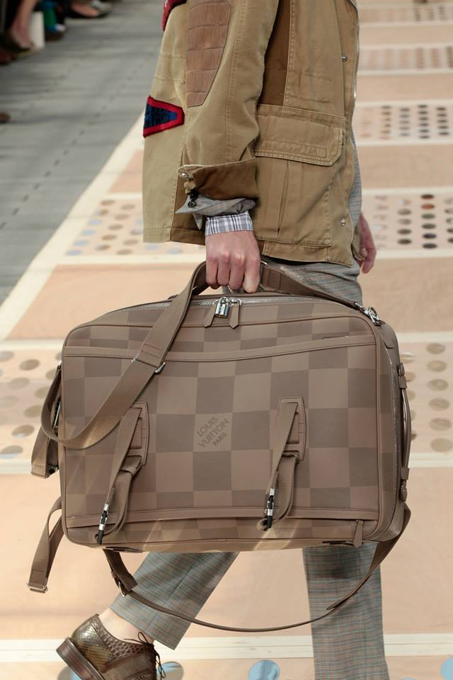 LV_spring-summer-2013-mens28