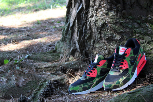 nike-air-max-90-premium-duck-infra-camo-atmos-exclusive-1