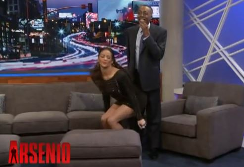 Paula-Patton-Twerks-Arsenio