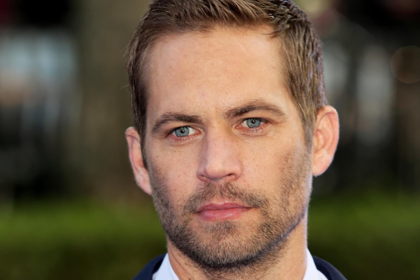 Fast Amp Furious Star Paul Walker Dead After Fatal Car