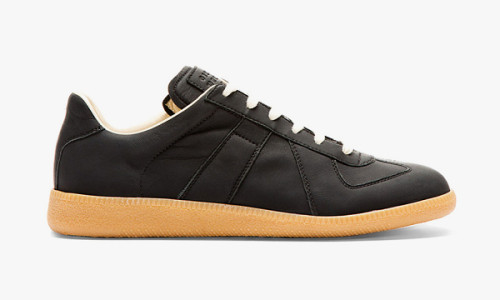 maison-martin-margiela-matte-black-leather-replica-sneakers-00-600x360