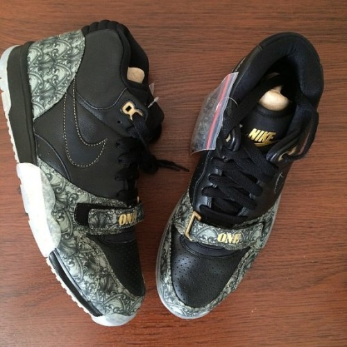 nike-air-trainer-1-paid-in-full-01-570x570